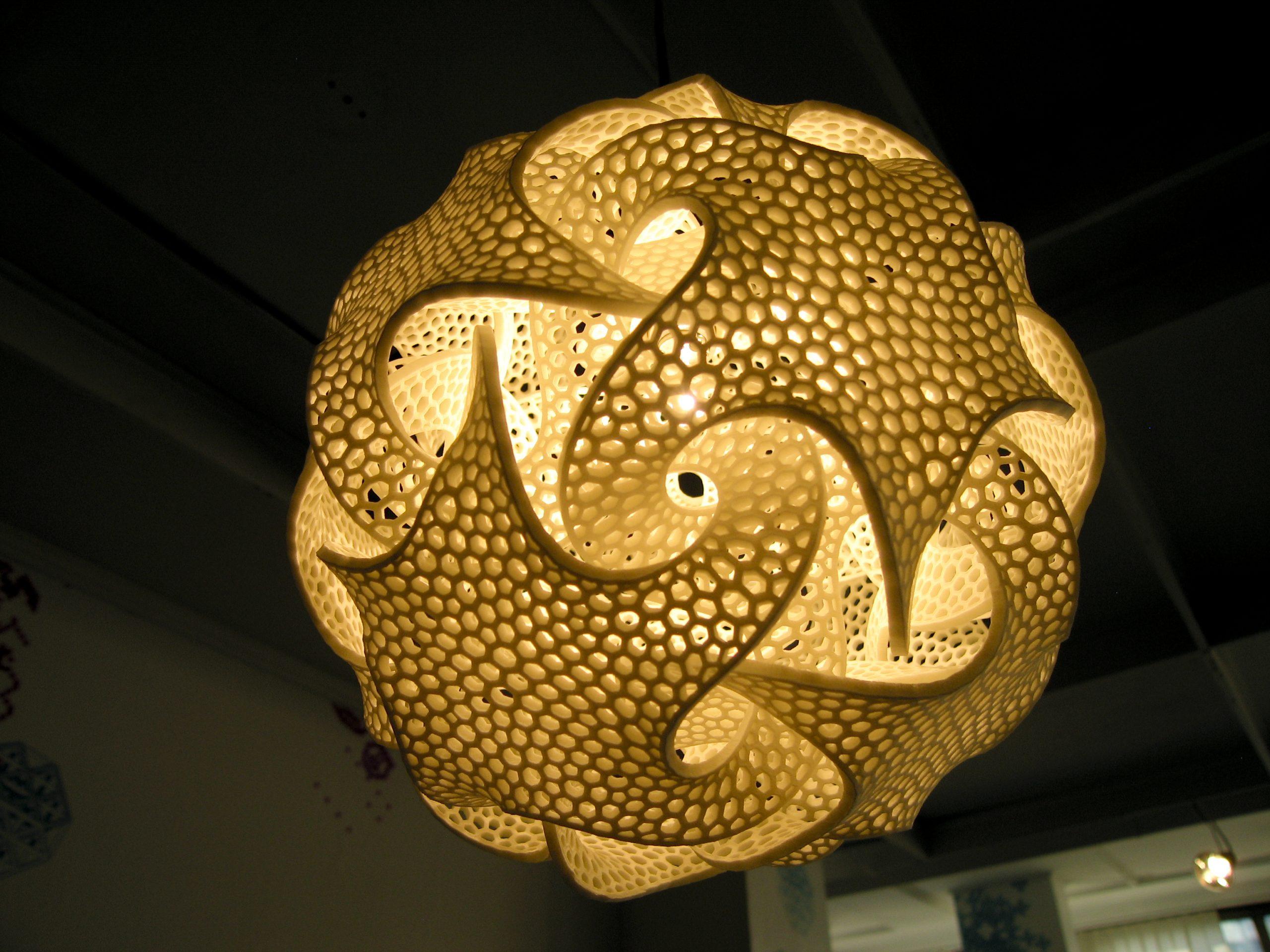 Bathsheba Grossman's 3D-printed sculptures tie algorithms with aesthetics to create math-inspired art. (CC)