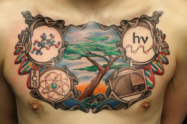 Tattoos themed in science are becoming increasingly popular. (CC)