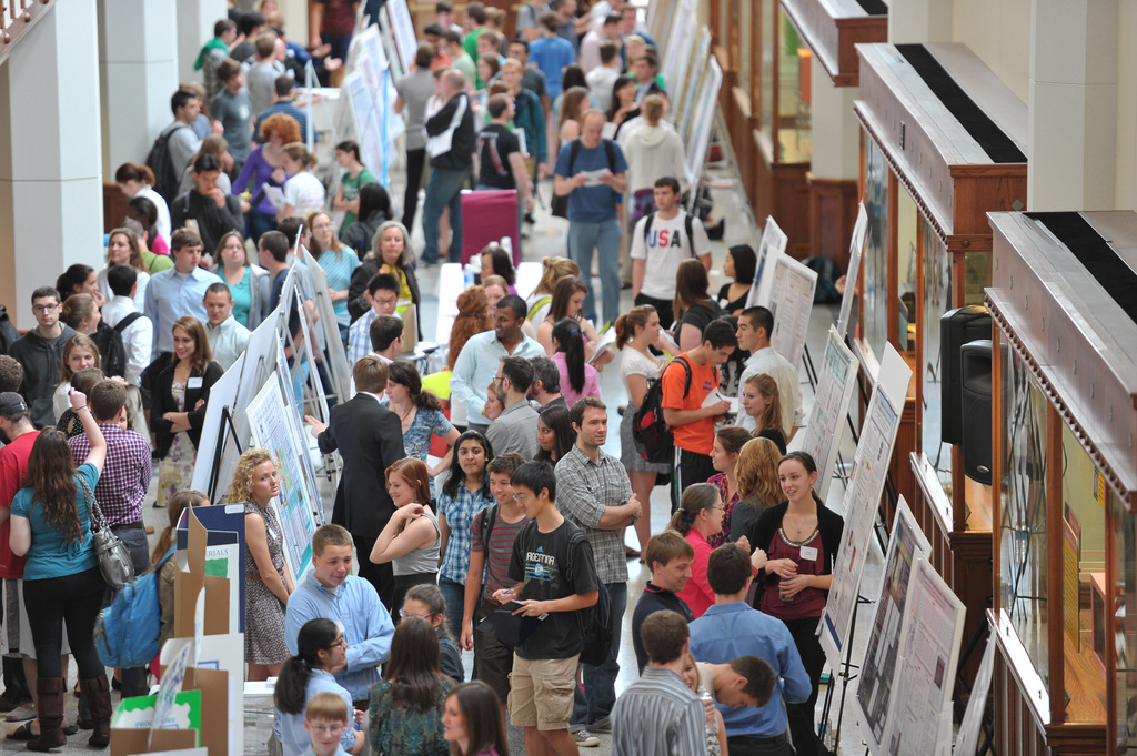 Undergraduates present their research at the Notre Dame College of Science Joint Annual Meeting